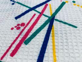 Handarbeit, Basteln - Stoffrest Piqué weiß mit buntem