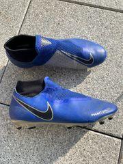 Nike Phantom Fußballschuhe