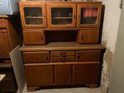 Alter Küchenschrank mit Aufsatz - Küchenbuffet -