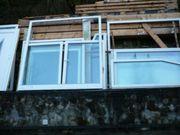 Fenster ZweifachFlügeltüren alles mit Rolläden
