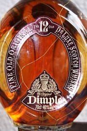 DIMPLE DE LUXE SCOTSH WHISKY