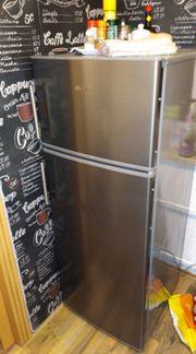 Kühlschrank mit Gefrierfach neuwertig
