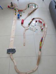 Brio Eichhorn und IKEA Holz-Eisenbahn