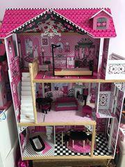 Barbie Puppenhaus