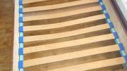 Bett Holzbett 190x180 mit Lattenrost