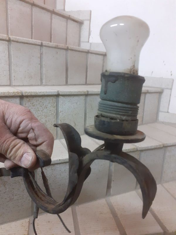 4 antike Lampen, Schmiedeeisen