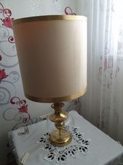 Antike Tischlampe in Goldfarben