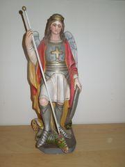 Figur Erzengel Michael