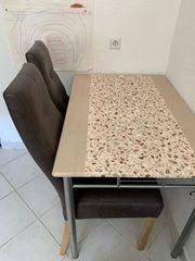 Küchentisch mit Stühle