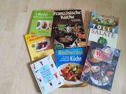 großes Set mit verschiedenen Kochbüchern