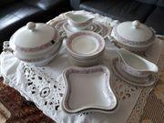 Diverse Geschirrservice von verschiedenen Porzellan-Manufakturen