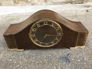 alte Holzuhr Tischuhr Kaminuhr Stiluhr