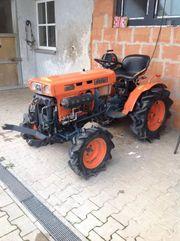 Kubota Allrad Traktor B7001