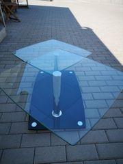 Stylischer Glastisch