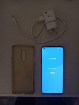 OnePlus - OnePlus 8Pro mit Zubehör Top
