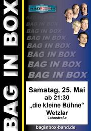 BAG IN BOX in concert
