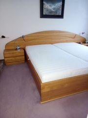 Doppelbett Nachttische