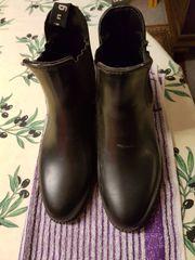 Stiefletten Gr 38 schwarz oder