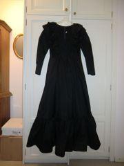 Schwarzes Abendkleid Königin der Nacht