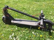 Elektroroller E-Scooter unfallfrei 35 km
