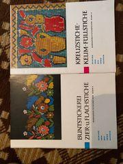2 Hefte Stickern verschiedene Artikel