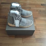 Adidas Yeezy 750 Boost Grau