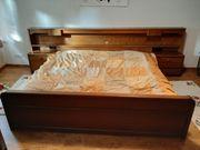 Massivholzschlafzimmer Bett 2 Nachttische 2