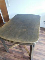 Wohnzimmer-Tisch und 6 Stühle