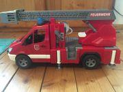 Feuerwehr mit Drehleiter Bruder Mercedes