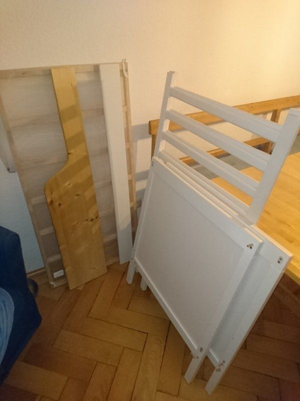 Gut erhaltenes Babybett Ikea Sundvik