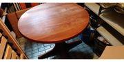 Vollholz Tisch mit Gebrauchsspuren