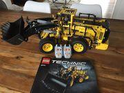 LEGO Technic 42030 Volvo Radlader