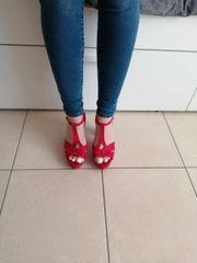 Sandalen mit Absatz - Gr 39