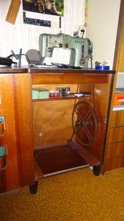 Adler-Nähmaschine 50er Jahre