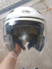 Zu verkaufen gebrauchter Helm größe