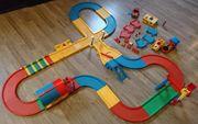 Carrera Struxi Bahn viele Teile