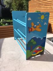 Buntes tolles Holz Kinderzimmer Regal