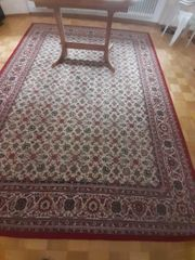 Teppich geknüpft