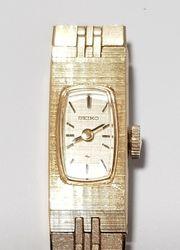 Klassische goldene Damen Uhr von