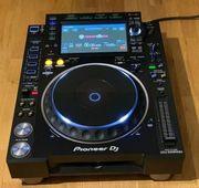 1x Pioneer DJ CDJ 2000