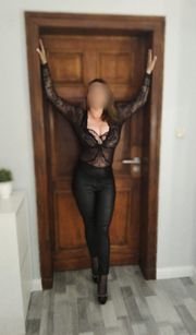 WOW Maja mit Sexy Kurven
