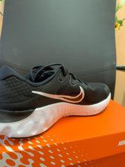 Nike Renew alle Herrengrößen verfügbar