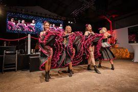 Tänzerinnen für Show-Tanz-Gruppe gesucht: Kleinanzeigen aus Köln Dellbrück - Rubrik Tanzpartner/-in