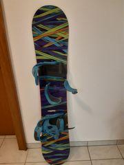 Burton Snowboard mit Bindung und
