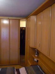 komplettes massives Schlafzimmer