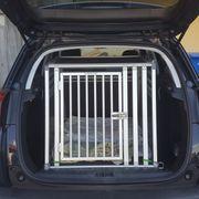 Premium-Hundetransportbox fürs Auto von Schmidt