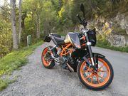 Motorrad KTM Duke 390