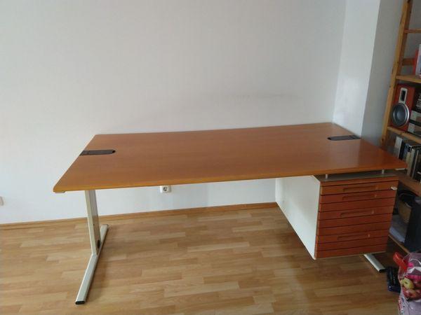 Schreibtisch Bürotisch von HALI 180