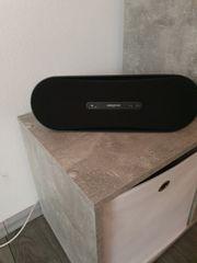 Creative D100 Mobiler Bluetooth-Lautsprecher
