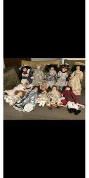 Porzellan Puppen Neuwertig 12Stück